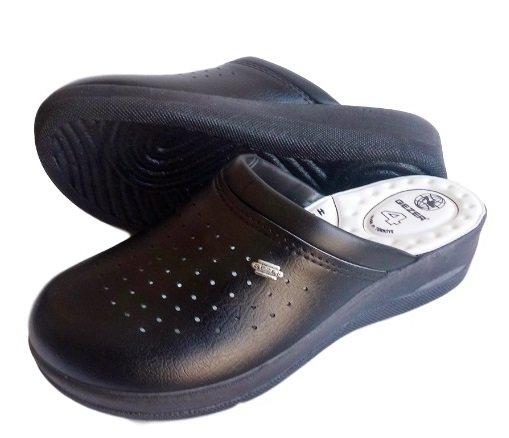 Ортопедични черни дамски чехли GEZER